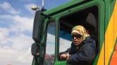 Ő Egyiptom első női kamionsofőrje – videó