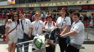 Négy magyar nő gyógyít Afrikában – újabb orvosi missziót indított útjára az AHU