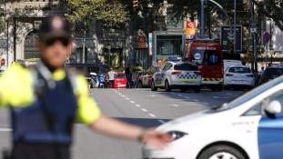 Mindenki sikoltozott, a szülők kikapták a kicsiket a babakocsikból – szemtanú a barcelonai támadásról