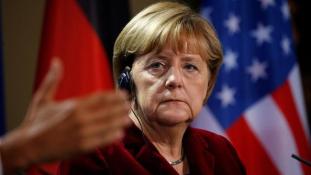 Merkel a migránsokról: ma is azt tenném, mint 2015-ben