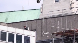 Mission Impossible – nem sikerült Tom Cruise ugrása / videó