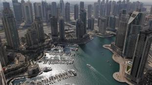 Már megint lángolt egy felhőkarcoló Dubajban