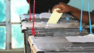 Számháború Kenyában, az ellenzék nem nyugszik