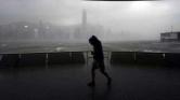 Tájfunriadó Hongkongban – videó