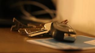 Otthon felejtette a tárcáját? Most már kocsikulccsal is fizethet!
