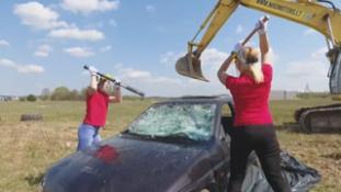 Zúzzunk szét mindent! – új őrület Litvániában