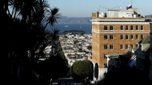 Fekete füst Oroszország San Franciscó-i főkonzulátusa felett