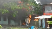 Felégetett rohingya falvak Mianmarban – légi felvételek