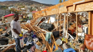 Dominica Maria látogatása után – legkevesebb hét halott / videó