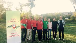 Magyar támogatással gyűjtik a hulladékot Kárpátalján