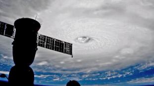 Irma lecsapott Kubára, milliókat telepítenek ki Floridában