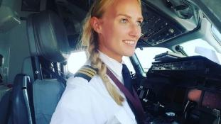 Megmutatja – ilyen egy 24 éves holland pilótanő élete