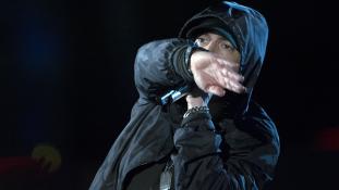 Eminem szerint Trump nukleáris holokausztot okozhat – videó