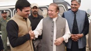 Korrupció miatt letartóztatják Pakisztán exminiszterelnökét, ha hazatér