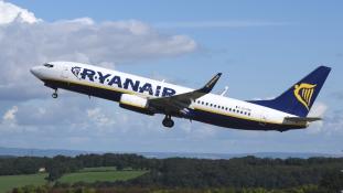 Ryanair-riadó – vadászgépek kísérték a leszállópályára a Litvániából érkező gépet