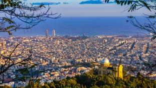 Drákói intézkedésekkel akarja megakadályozni Katalónia függetlenséget Madrid