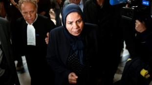 Terrorizmus: bíróság előtt az emír mamája