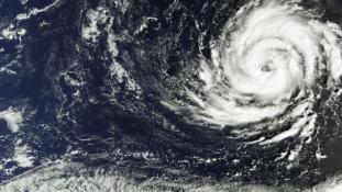 Ofélia: trópusi vihar Írország felett – videó