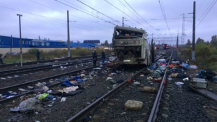 Halál a vasúti átjáróban – videó