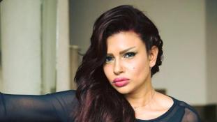 Autóbaleset áldozata lett a fiatal egyiptomi színésznő