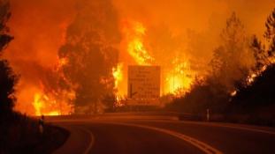 Pusztít a tűz az Ibériai-félszigeten – több mint 30 halott