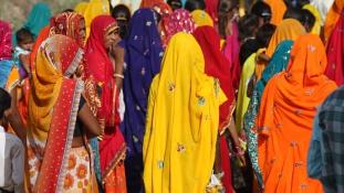 Launda Naach – a 350 éves indiai hagyomány, amikor a férfiak nőkké változnak