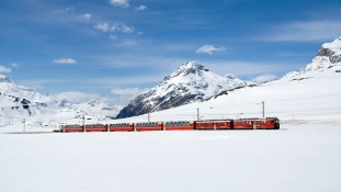 Svájcban ingyen vonatozhatnak azok, akiknek nincs kivel karácsonyozniuk