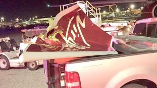 Levitte egymás szárnyát két gép a JFK reptéren