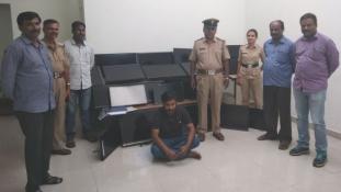 120 tévét lopott el szállodákból egy vendég
