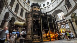 Tudományos bizonyíték: Nagy Konstantin idejéből származik Jézus Krisztus síremléke Jeruzsálemben