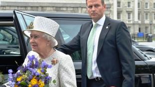Őfelsége nem tudta: pénzét offshore cégek kímélték meg az adózástól