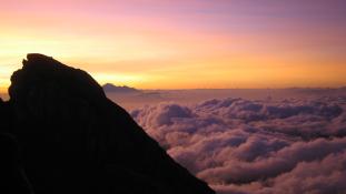 Újabb vulkánkitörés fenyeget Balin – százezer embert kell kitelepíteni a turistaparadicsomból / videó