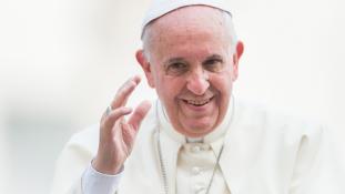 Diplomatikus közvetítésre készül Ferenc pápa Mianmarban és Bangladesben
