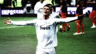 Ronaldo hét gyereket és hét aranylabdát akar