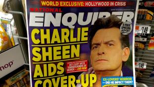 Charlie Sheen 13 éves gyerekszínésszel szexelt forgatás közben?