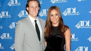 Harry herceg menyasszonyának exférje tévésorozatot tervez egy elvált amerikai nőről, aki bekerül a királyi családba