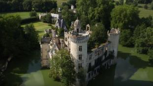 6.500 idegen mentett meg egy elhagyatott mesebeli kastélyt Franciaországban
