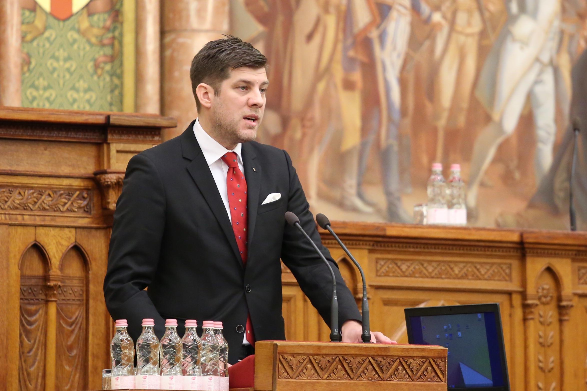 dr. Szilágyi Péter