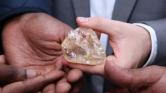 Sierra Leone pórul járt: olcsóbban kelt el a 709 karátos gyémánt, mint ahogy a kormány remélte – videó