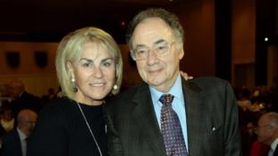 Holtan találtak egy milliárdos házaspárt Kanadában