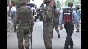 Közbiztonsági krízis Jamaicában: a turisták ne hagyják el szállodáikat