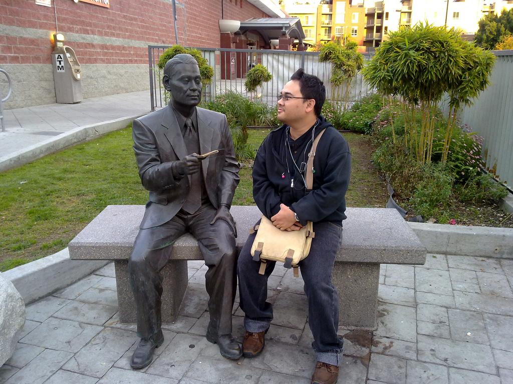 Chiune Sugihara emlékműve.