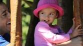 Rákból kigyógyult ötéves kislányt gázolt halálra egy elszabadult autó