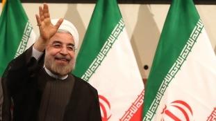 Iráni elnök: az embereknek joguk van tüntetni