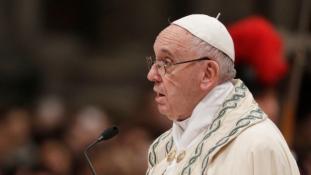 Ferenc pápa: háború, halál és hazugság jellemezte az elmúlt évet