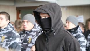 A kisebbségek tartanak az új ukrán milíciától, melyet a belügyminiszter is támogat