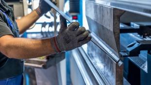 Sokan veszíthetik el állásukat az amerikai acéliparban Trump védővámja miatt