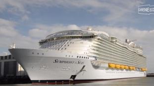 Itt a világ legnagyobb hajója, amely nem akar úgy járni, mint a Titanic