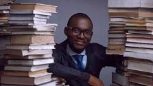 120 órán keresztül olvasott fel egy nigériai férfi, hogy megdöntse a világrekordot