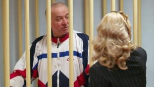 A brit rendőrség már tudja, hogy milyen ideg gázzal mérgezték meg az orosz titkosszolgálat exezredesét